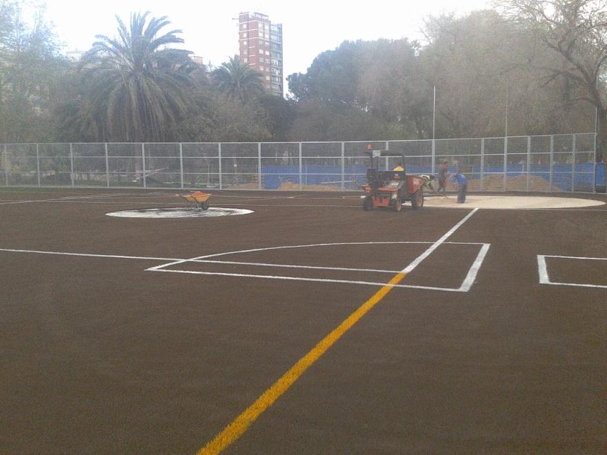 reparacion campo de beisbol y sofbol