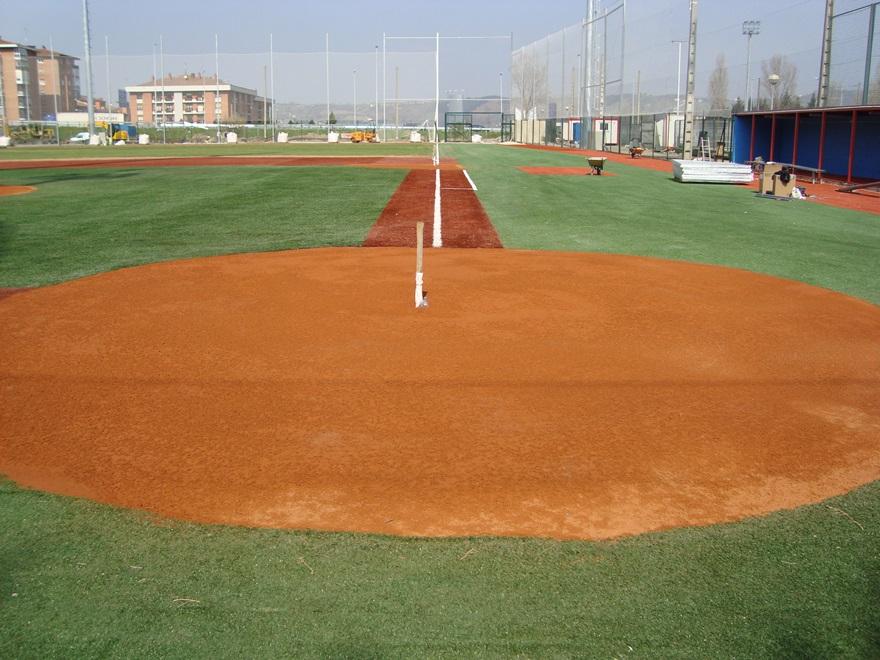 construccion campo beisbol tierra batida celabasa