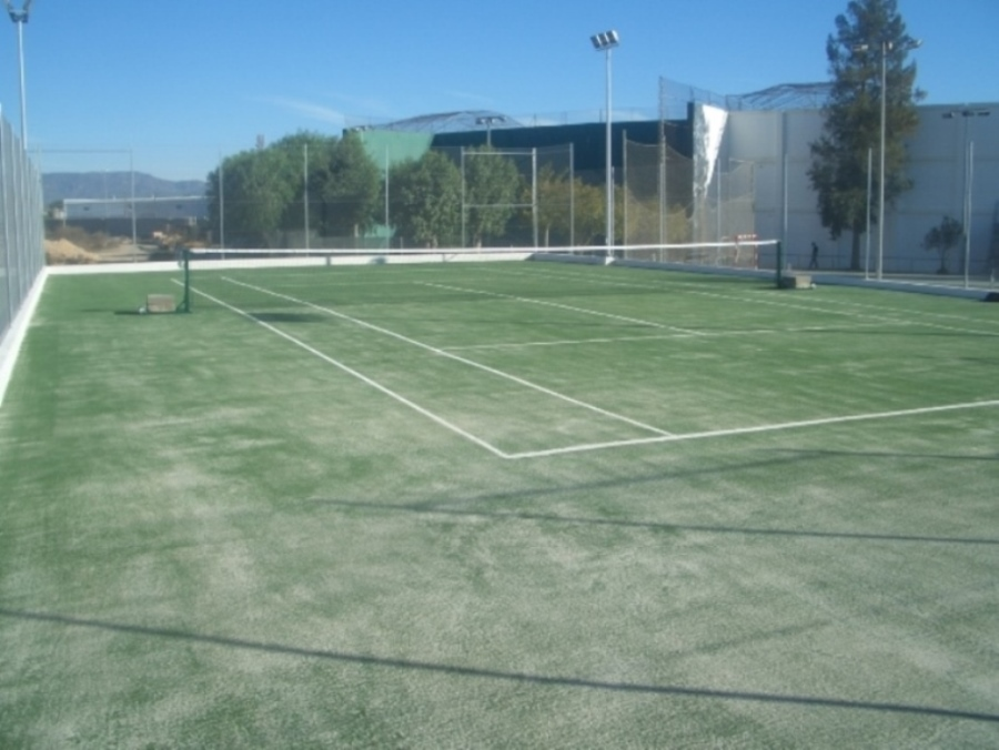 pista-tenis-cesped artificial
